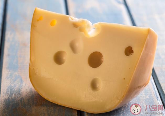 吃奶酪会发胖吗 奶酪每天吃多少比较合适