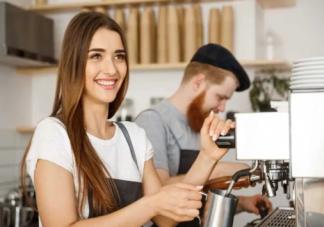 大学生该不该自食其力 大学生应该打工吗