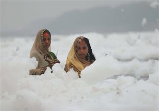 印度毒泡沫海滩在哪 印度毒泡沫海滩有什么毒