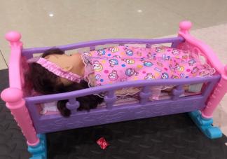 陪孩子睡觉的温馨说说 陪孩子睡觉真可爱父母感言