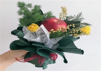 平安夜收到平安果发什么比较好 平安夜吃苹果心情句子