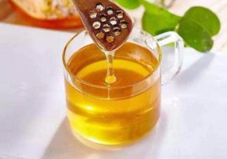 怎么正确喝蜂蜜水 蜂蜜水怎么喝更有营养