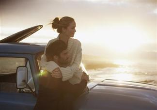 感情进入平淡期有什么征兆表现 恋爱进入平淡期怎么办