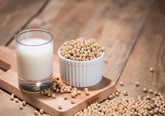 牛奶VS豆浆谁更营养更养生 牛奶和豆浆营养有什么差别