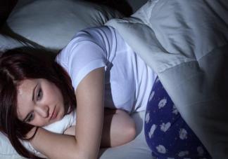 过多睡眠不利于当前健康调整是怎么回事 睡太多对 身体有什么影响