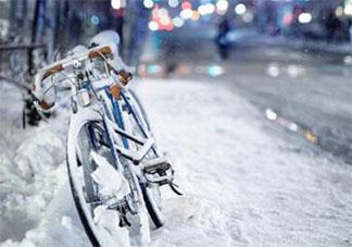 疫情下大雪了的心情说说 抗疫情期间下大雪了的文案句子