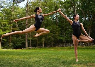 在家练瑜伽的心情说说 在家练瑜伽说说朋友圈