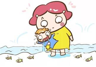 宝宝爱流口水脸上起疹子怎么办 宝宝长口水疹怎么护理