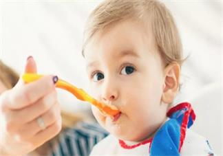 孩子第一次吃辅食要吃米粉吗 孩子开始吃米粉要如何挑选