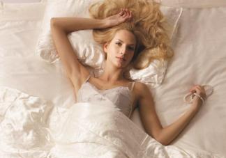 睡眠时间太长会带来哪些危害 不同年龄阶段每天睡眠多长时间合适