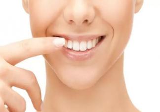 洗牙牙齿会越洗越黑吗 洗牙有什么好处