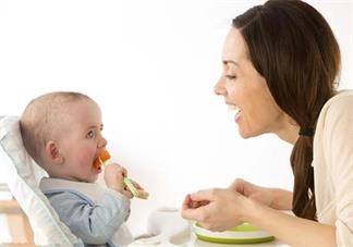 6个月宝宝怎么添加辅食 给宝宝添加辅食讲究什么