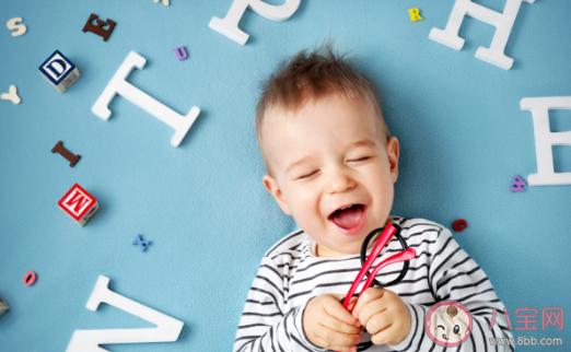 禁止老人和孩子讲方言好吗 影响孩子语言发育的因素有哪些