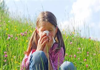 宝宝花粉过敏了要怎么办好 孩子花粉过敏是什么症状