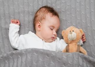 孩子睡觉爱出汗需要补钙吗 孩子爱出汗怎么护理比较好