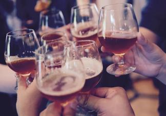 饮酒增加感染新冠病毒风险是真的吗 疫情期间如何保持健康