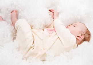发宝宝照片的简短幸福句子 发宝宝照片的一句话简短说说