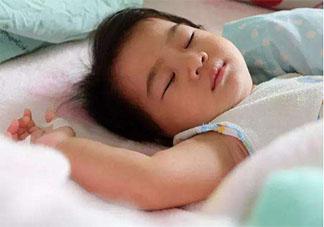 孩子多大可以独自睡觉了 孩子几岁要自己一个人睡觉了