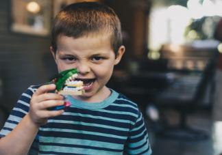儿童几岁开始换牙 儿童换牙期间护理注意事项