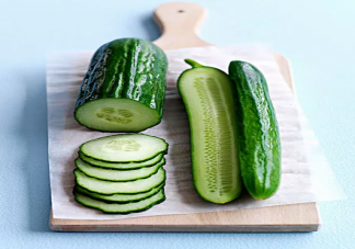 吃完黄瓜嘴巴发涩是怎么回事 吃了黄瓜嘴巴发涩是什么原因