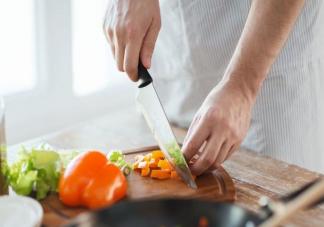 哪些原因会导致食欲下降 夏天食欲不振怎么调理