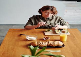 夏季高血压患者怎么吃 夏天高血压人的饮食要注意什么