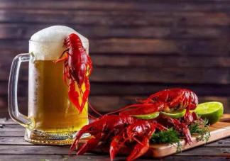 小龙虾配冰啤对肠胃有影响吗 夏天吃小龙虾要注意什么