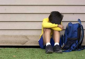 孩子幼儿园被欺负不敢还手家长该怎么做 如何让孩子正确的保护自己