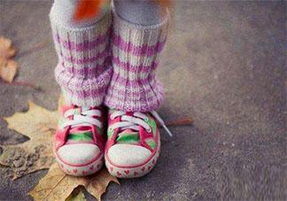 1-3岁的宝宝鞋子如何选择 给宝宝选择鞋子要注意些什么