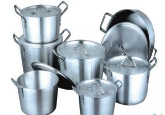 铝锅到底能不能用 铝锅里的食物可以过夜吗
