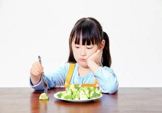 孩子挑食强迫吃饭好吗 孩子挑食不肯吃饭怎么解决