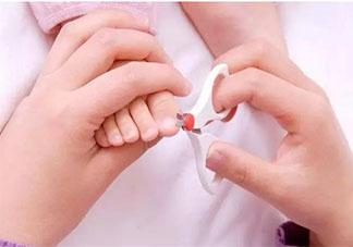 给宝宝剪指甲的正确方法是什么 给宝宝剪指甲注意事项有哪些