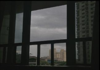 半夜打雷下雨睡不着的心情说说大全 晚上下雨打雷的句子