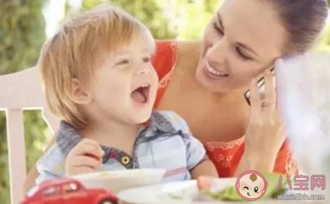 为什么吃饭不能太慢的睡前故事 怎么教育宝宝吃饭快一点