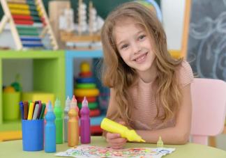 孩子每个年龄的绘画特点 孩子学画画有什么好处