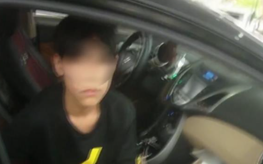 13岁少年深夜开车400公里怎么回事 未成年人能开车吗