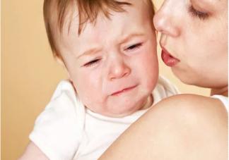 孩子二月哭是怎么回事 为什么宝宝二月哭的凶