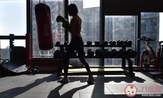 胖子在健身房怎么减肥最快的速度 胖子在健身房怎么