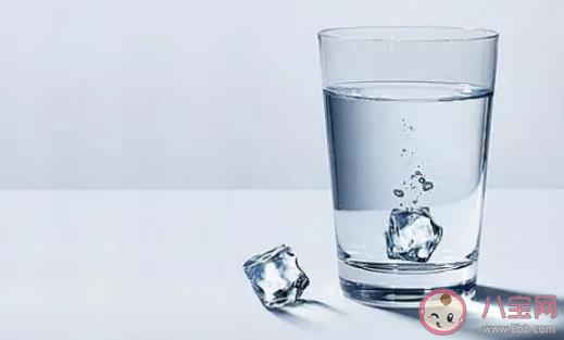 白开水放凉后有致癌物吗 隔夜水不能喝科学吗