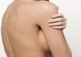 怎么判断腋下是副乳还是赘肉 腋下副乳需要切除吗