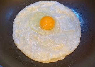 秀自己做的早餐发朋友圈说说 自制早餐的心情说说