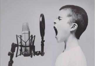 孩子几岁学声乐对声带影响小 学声乐对嗓子有影响吗