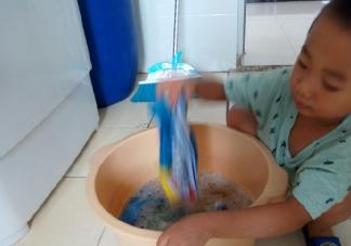 关于儿子自己洗衣服的心情说说 孩子自己洗衣服的感言句子