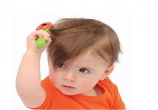 宝宝头发稀少发黄和饮食有关吗 对头发好的营养素有哪些