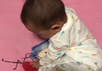 宝贝吃辅食发的朋友圈说说 宝宝吃辅食的心情感言句子