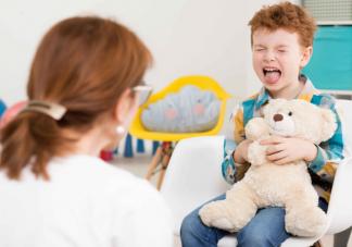 自闭症孩子可以通过干预恢复正常吗 父母如何和自闭症孩子相处