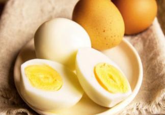鸡蛋30米高空落地不破是涂的什么涂料 每天吃几个鸡蛋合适