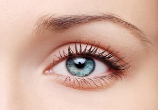 为什么有些人的眼睛那么迷人会放电 怎么保护眼睛