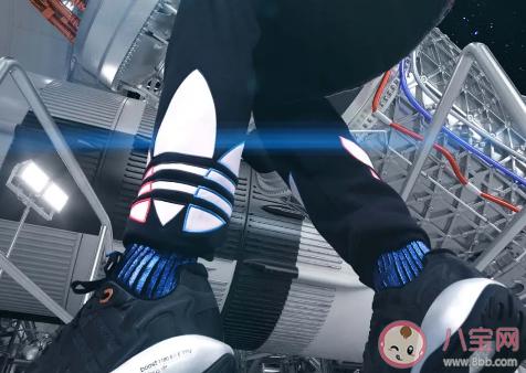 【几万娱】王嘉尔阿迪达斯同款鞋子是哪款 王嘉