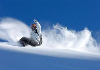 滑雪是极限运动吗 初学者滑雪应注意什么